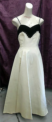 FAB! 40s EMMA DOMB White taffeta w/ blk velvet & sequins Wedding Prom FormalGown