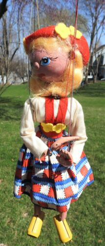 Vintage Pelham Puppet Tyrolean Girl w/ Orig Box & Instructions FAO Schwartz NICE
