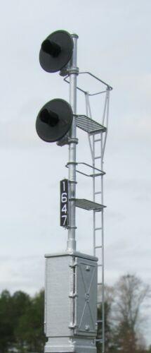 HO Scale GRS Cabinet Mount Searchlight Signal LED Light Capable Kit (2326-Cbnet)
