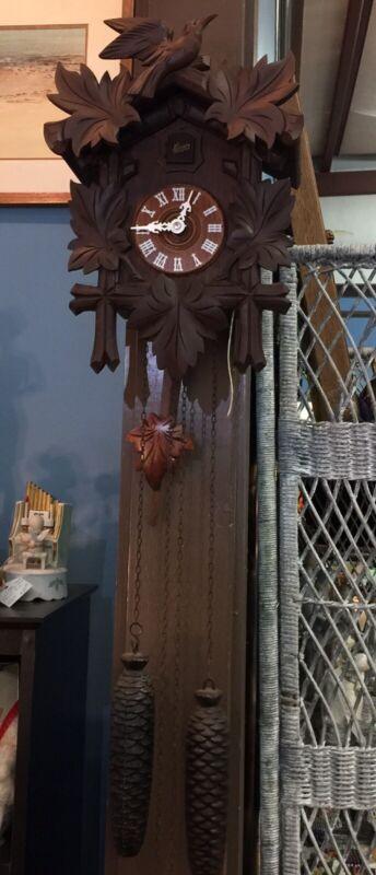 Vintage 1950's Cuckoo Clock 8 Day German Black Forest Schatz w/ Pull Cord