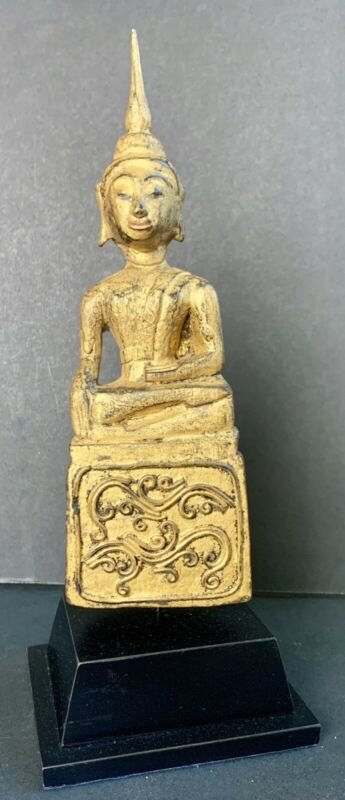 ANTIQUE  BUDDHA STATUE FROM BURMA.