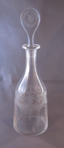 ANTIQUE 19th Century GLASS COPPER WHEEL ENGRAVED DECANTER