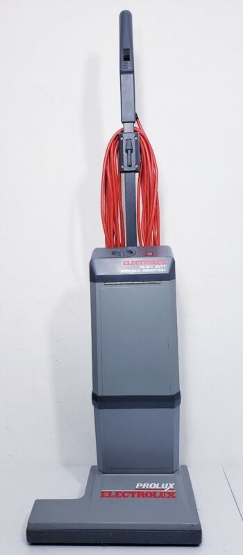 ELECTROLUX PROLUX COMMERCIAL HEAVY DUTY UPRIGHT VACUUM   Works great