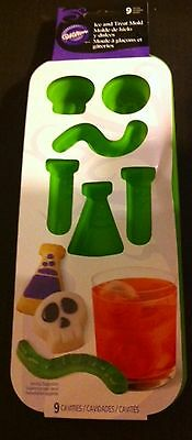 Green Jello Halloween (Silicone Science Lab Ice jello candy cookie cake worms mold Wilton Halloween )