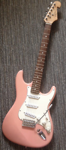 Simon Electric Guitar with Tremolo Arm, Pink