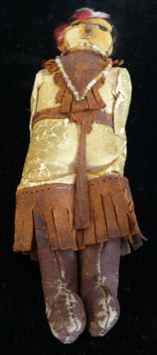AMERICAN INDIAN LEATHER DOLL 1900