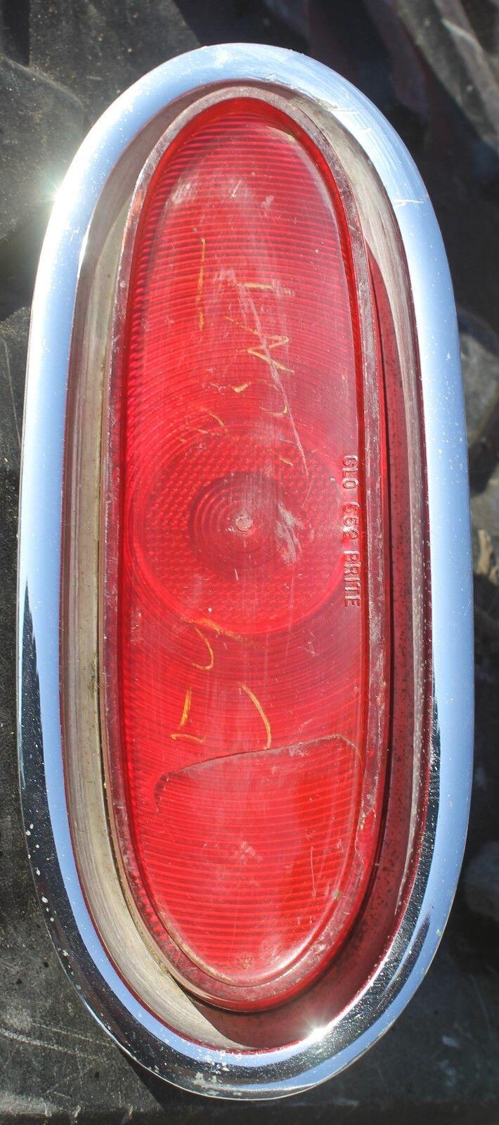 1939 Pontiac Tail Light Assembly