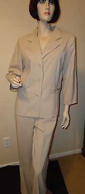 Courtenay Tan Pant Suit Size 10, New -- Great Classic Look!