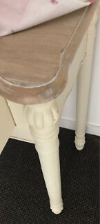 Shabby chic style console or dressing table