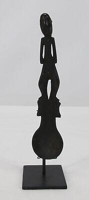 Antique Oceanic Timor Figural Ceremonial Spoon Nura Dikun on Museum Stand NR yqz