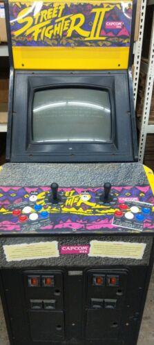 CAPCOM Original Street Fighter 2 Arcade Game Gauntlet cabinet, all new controls