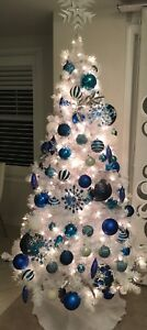 Shades of blue Christmas decorations
