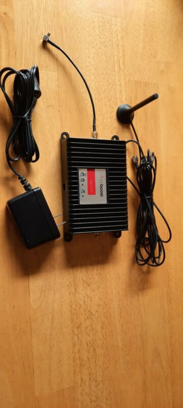 Weboost Signal 4G M2M signal booster #460019 with mobile hotspot adapter