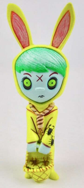 Mezco Toys Living Dead Dolls Pumpkin 2in Figurine White 6//36