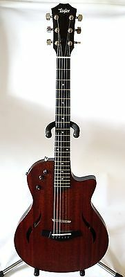 Купить Taylor T5z Classic - Taylor T5z Classic Acoustic/Electric Guitar--Mahogany With Hard Case--Nice
