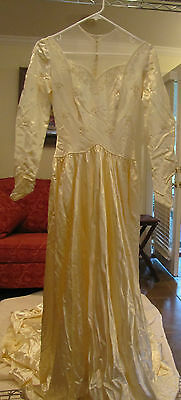 (s) Vintage 50's Wedding Dress, Beaded, Long Train,
