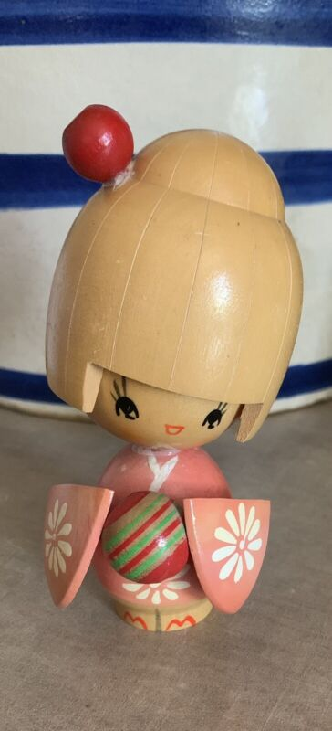 Kokeshi Wooden Girl Doll Pink & White Flower Kimono