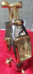 Timex Small Desk Top Clock - runs, keeps time- new battery