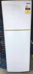 Fridge/ freezer 238 L Kuraby Brisbane South West Preview