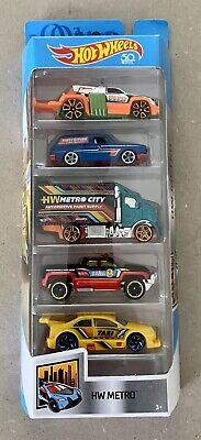 Mattel 2017 Hot Wheels 5 Pack HW Metro