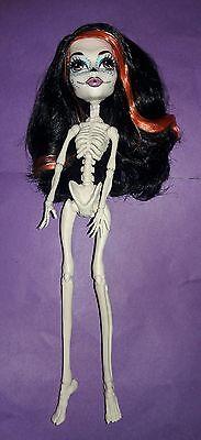Skelita Monster High (Monster High Skelita Calaveras Scaris City of Frights Nude Doll)
