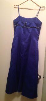 Formal dress. Must go this week!! Queanbeyan Queanbeyan Area Preview