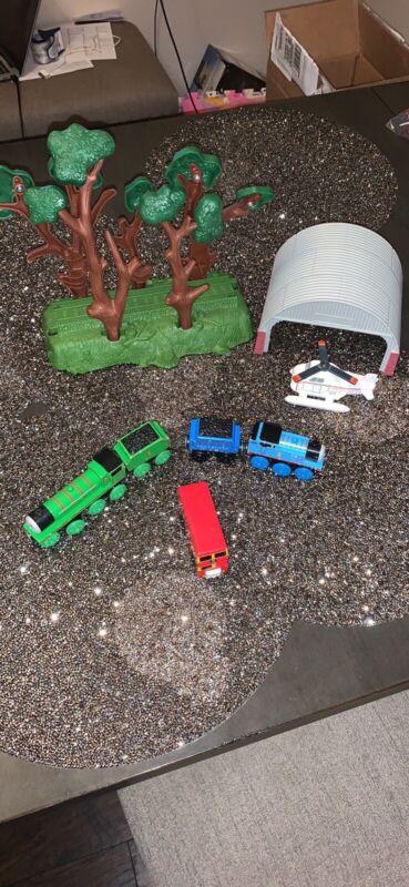thomas wooden train set of 4