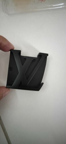 Louis Vuitton Belt  buckle 40MM   (black buckle)