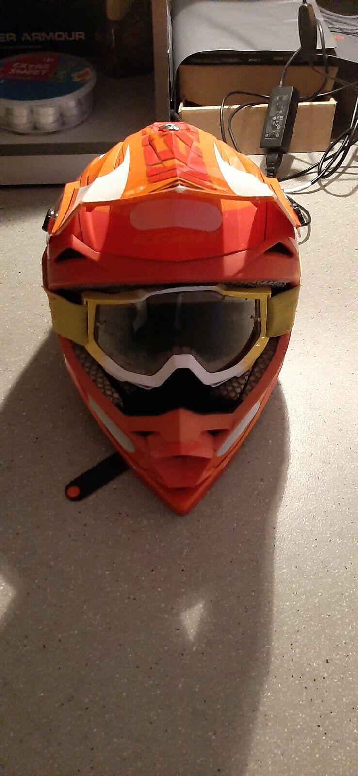 Casque de moto cross kenny rouge, orange, blanc avec lunette 100% jamais tomber