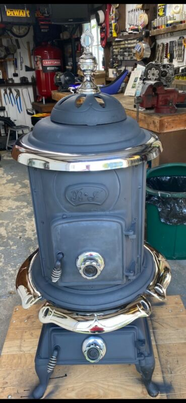 Antique parlor potbelly stove