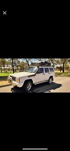 1998 Jeep Cherokee SPORT Automatic SUV