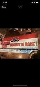 Huge hockey banner