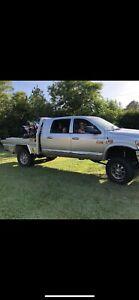 Dodge Ram 3500 megacab Laramie
