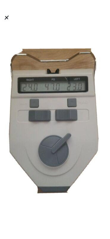 LCD Digital PD Meter Pupilometer