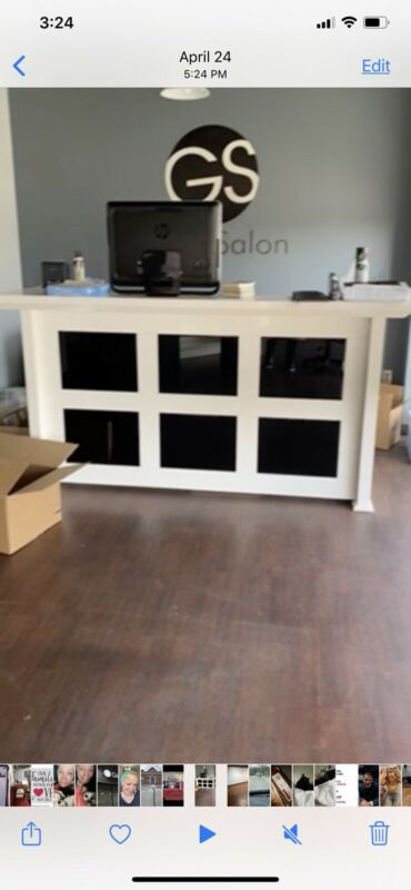 reception desk White And Black
