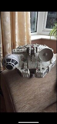VINTAGE HASBRO STAR WARS MILLENIUM FALCON (2001) Sounds and buttons still work