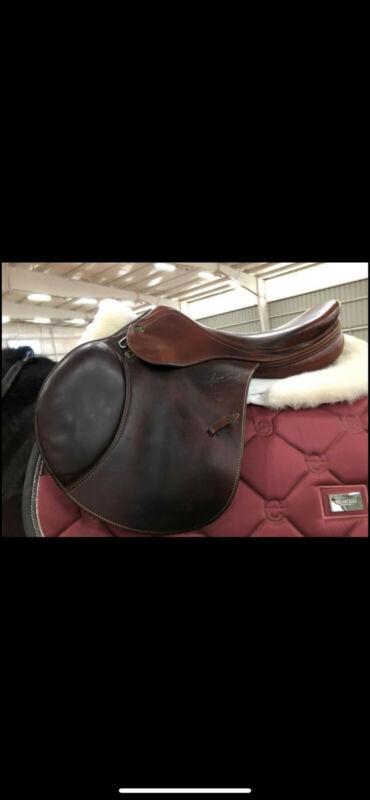 """Prestige Nona Garson 18"""" Saddle great condition"""