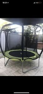 Trampoline 8ft - CAN DISASSEMBLE FOR BUYER
