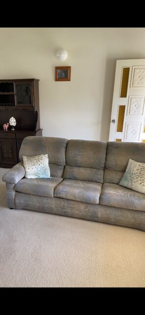 Lounge Suite Great Condition