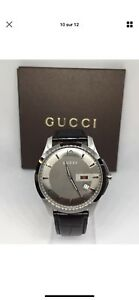 Montre GUCCI authentique
