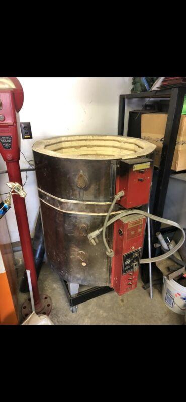 EvenHeat Kiln 7200 Watt 240 Volt Ceramic Kiln