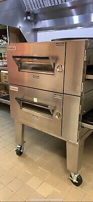 Lincoln Fast Bake Ovenoven Low Profile 1600 Fast Bake With Two Conveyor Belts