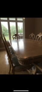 Solid wood Ashley Dining room table, extra leaf & 8 chairs