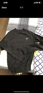 Fred Perry sweater small