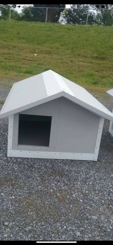 dog house,metal insulated panels