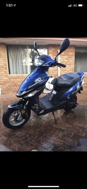 low km moped for sale and price is negotiable | Motorcycles