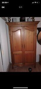 Reproduction armoire antique