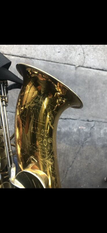 """Excellent King """"Super 20"""" Tenor Saxophone with Case 1974"""