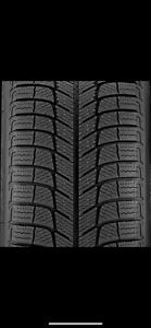 Snow Tires - 225/60R16 - Almost New - Michelin X-Ice Xi3