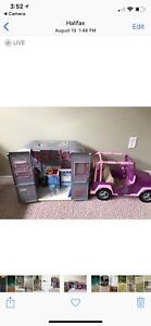 Journey girl camper and Jeep